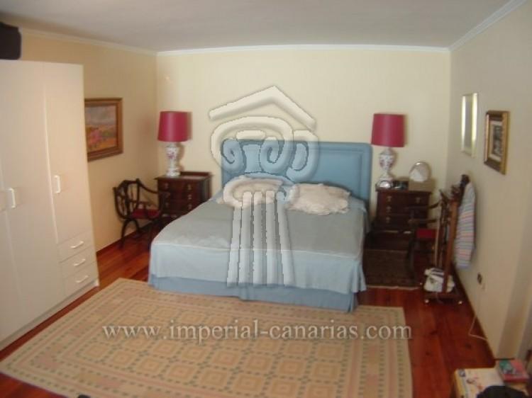 5 Bed  Villa/House for Sale, Puerto de la Cruz, Tenerife - IC-VCH7650 9