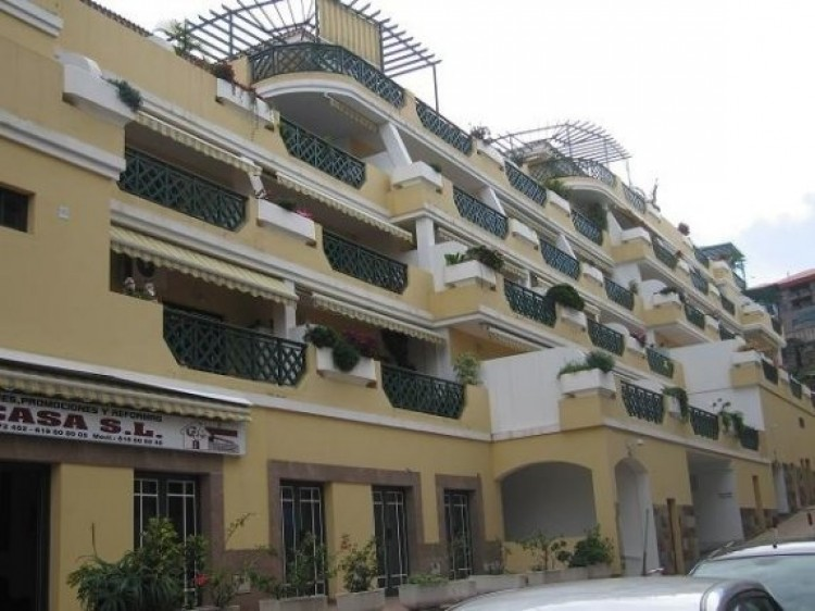 1 Bed  Flat / Apartment to Rent, Puerto de la Cruz, Tenerife - IC-81853 2