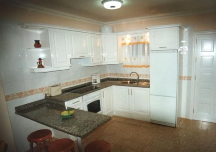 1 Bed  Flat / Apartment to Rent, Puerto de la Cruz, Tenerife - IC-81853 4