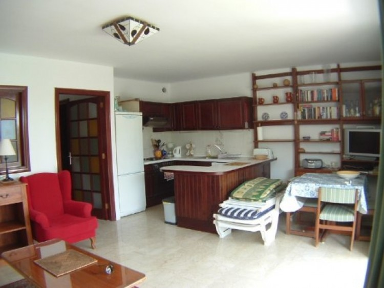 1 Bed  Flat / Apartment to Rent, Puerto de la Cruz, Tenerife - IC-81817 2