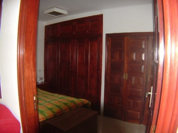 1 Bed  Flat / Apartment to Rent, Puerto de la Cruz, Tenerife - IC-81817 4