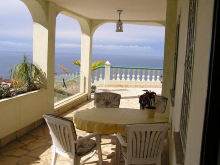 6 Bed  Villa/House for Sale, Santa Ursula, Tenerife - IC-52956 3