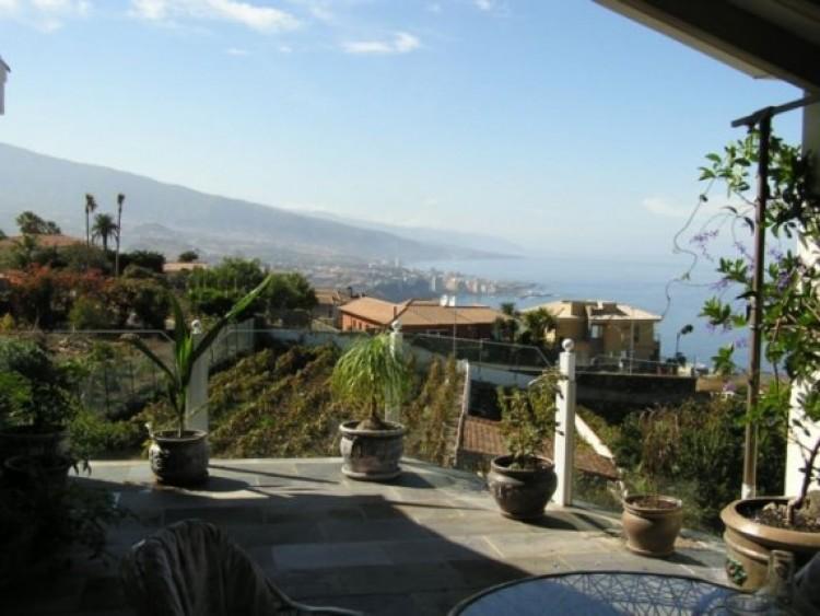 6 Bed  Villa/House for Sale, Santa Ursula, Tenerife - IC-52956 4