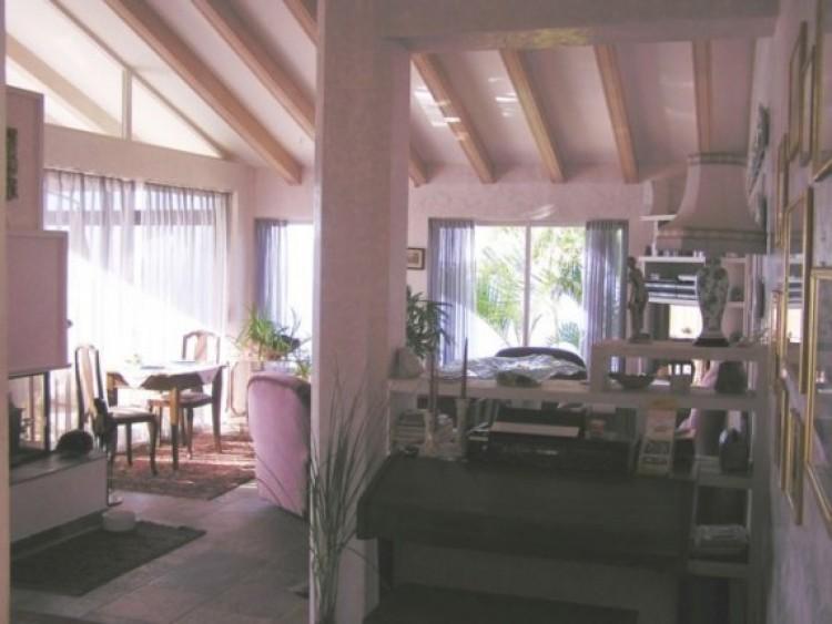 6 Bed  Villa/House for Sale, Santa Ursula, Tenerife - IC-52956 8