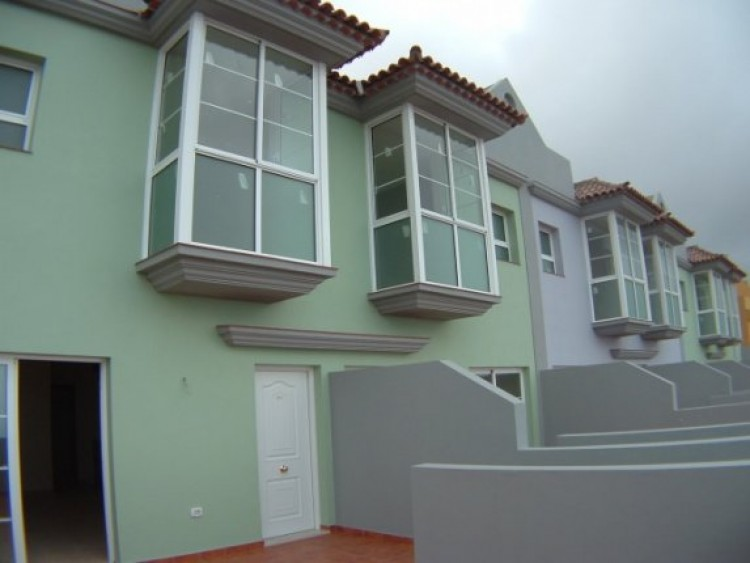 3 Bed  Property for Sale, Los Realejos, Tenerife - IC-42257 1