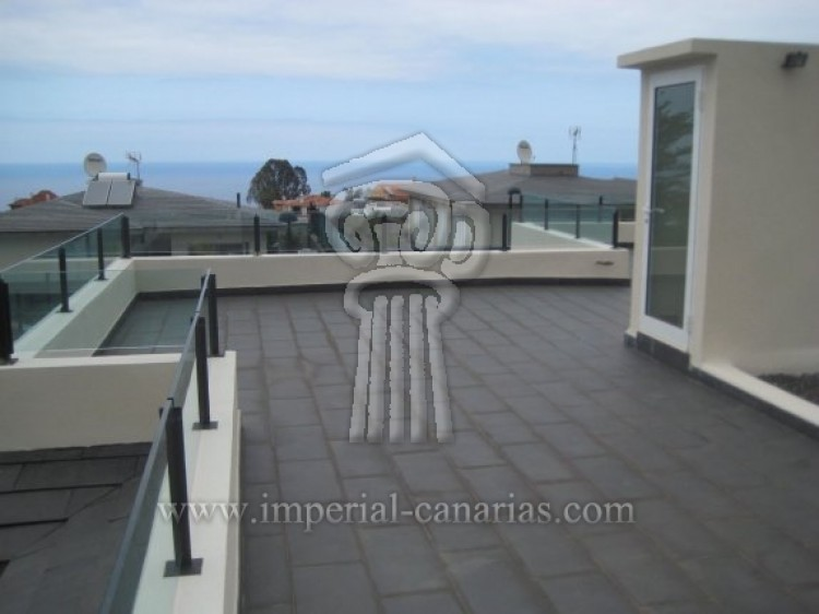 3 Bed  Villa/House for Sale, La Orotava, Tenerife - IC-52944 11