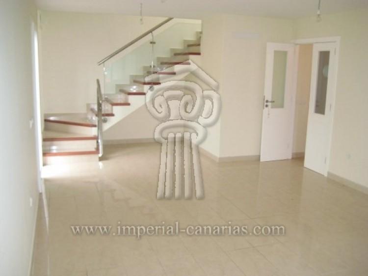 3 Bed  Villa/House for Sale, La Orotava, Tenerife - IC-52944 12
