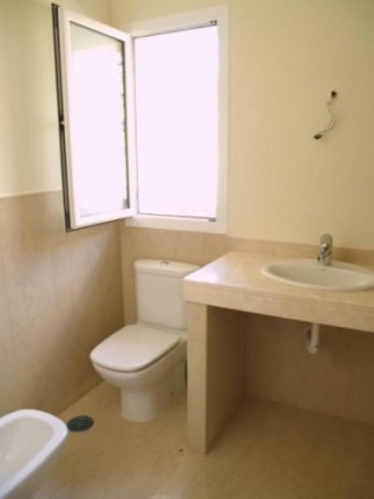 3 Bed  Villa/House for Sale, La Orotava, Tenerife - IC-52944 7