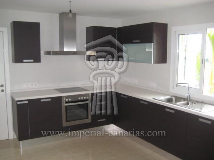 3 Bed  Villa/House for Sale, La Orotava, Tenerife - IC-52944 9