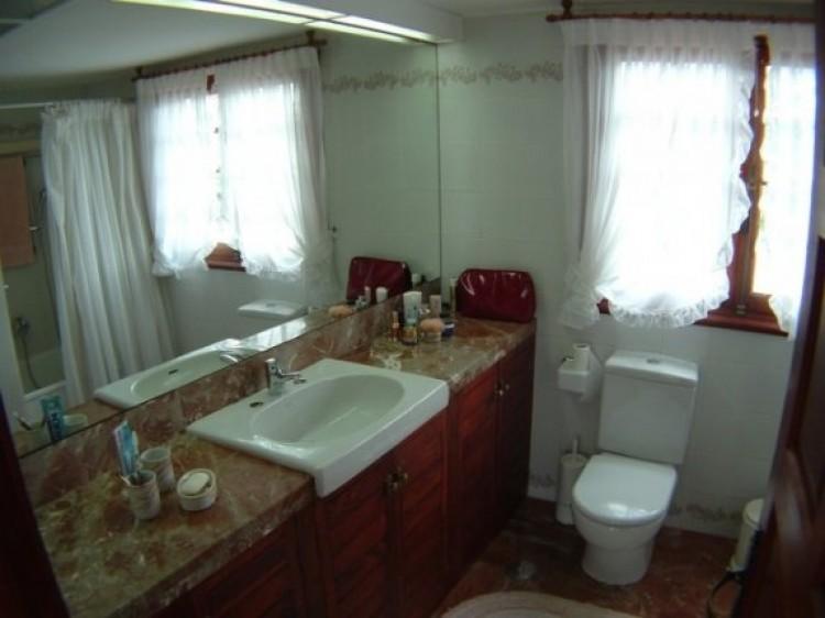 1 Bed  Flat / Apartment to Rent, Puerto de la Cruz, Tenerife - IC-81603 2