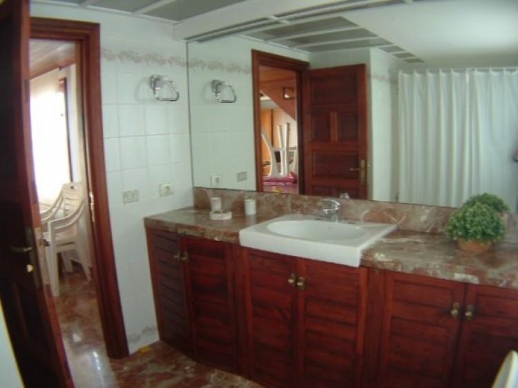1 Bed  Flat / Apartment to Rent, Puerto de la Cruz, Tenerife - IC-81603 8