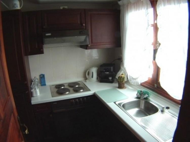1 Bed  Flat / Apartment to Rent, Puerto de la Cruz, Tenerife - IC-81603 9