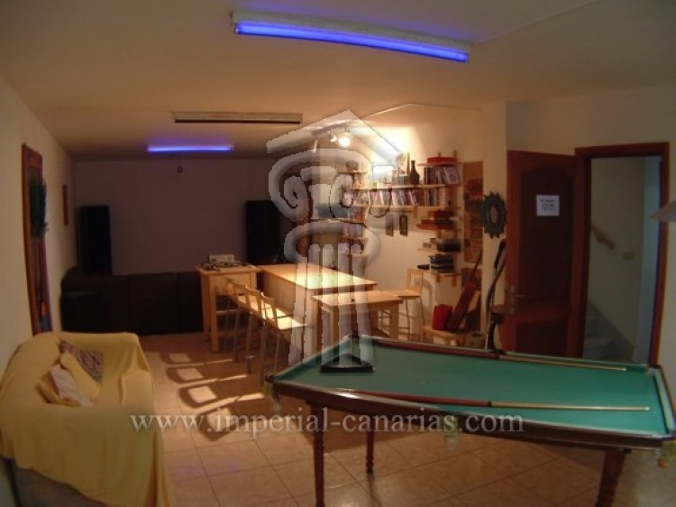 4 Bed  Villa/House for Sale, Puerto de la Cruz, Tenerife - IC-52568 11