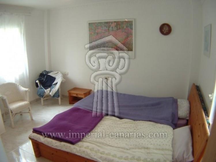 4 Bed  Villa/House for Sale, Puerto de la Cruz, Tenerife - IC-52568 14