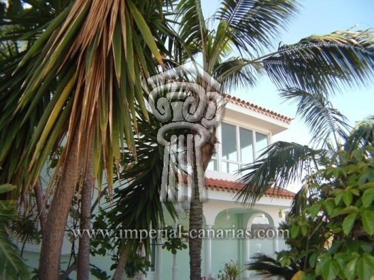 4 Bed  Villa/House for Sale, Puerto de la Cruz, Tenerife - IC-52568 4