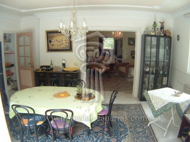 4 Bed  Villa/House for Sale, Puerto de la Cruz, Tenerife - IC-52568 8