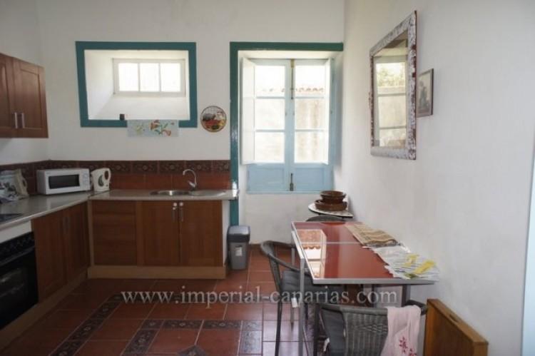 5 Bed  Villa/House for Sale, Santa Ursula, Tenerife - IC-52534 12