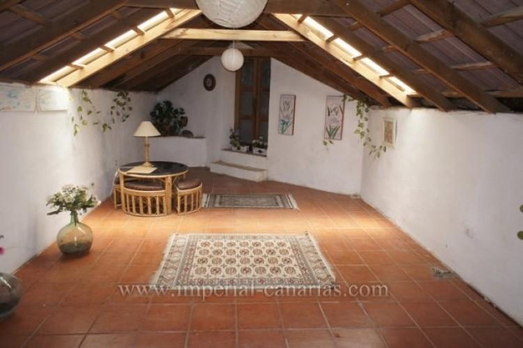 5 Bed  Villa/House for Sale, Santa Ursula, Tenerife - IC-52534 19