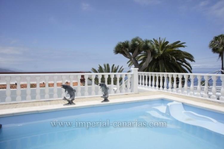 5 Bed  Villa/House for Sale, Santa Ursula, Tenerife - IC-52534 4
