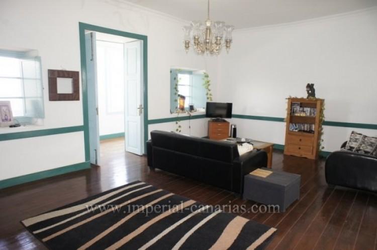 5 Bed  Villa/House for Sale, Santa Ursula, Tenerife - IC-52534 7