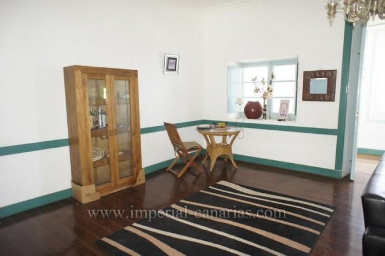 5 Bed  Villa/House for Sale, Santa Ursula, Tenerife - IC-52534 8