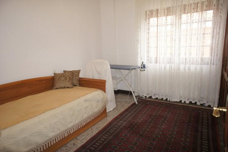 4 Bed  Villa/House for Sale, Puerto de la Cruz, Tenerife - IC-52459 14