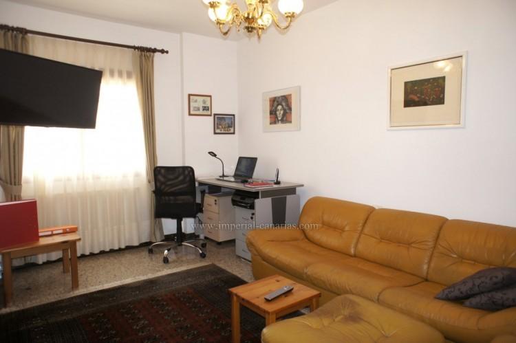 4 Bed  Villa/House for Sale, Puerto de la Cruz, Tenerife - IC-52459 15