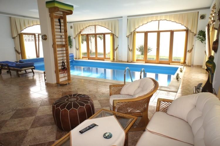 4 Bed  Villa/House for Sale, Puerto de la Cruz, Tenerife - IC-52459 4