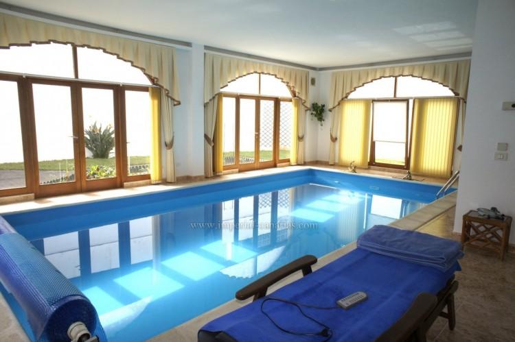 4 Bed  Villa/House for Sale, Puerto de la Cruz, Tenerife - IC-52459 5