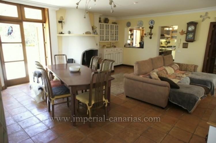 3 Bed  Villa/House for Sale, La Orotava, Tenerife - IC-VTR10240 10