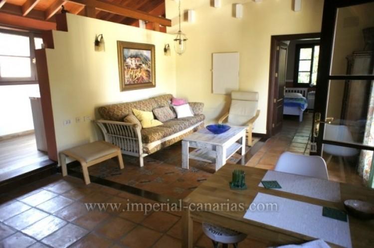 3 Bed  Villa/House for Sale, La Orotava, Tenerife - IC-VTR10240 13