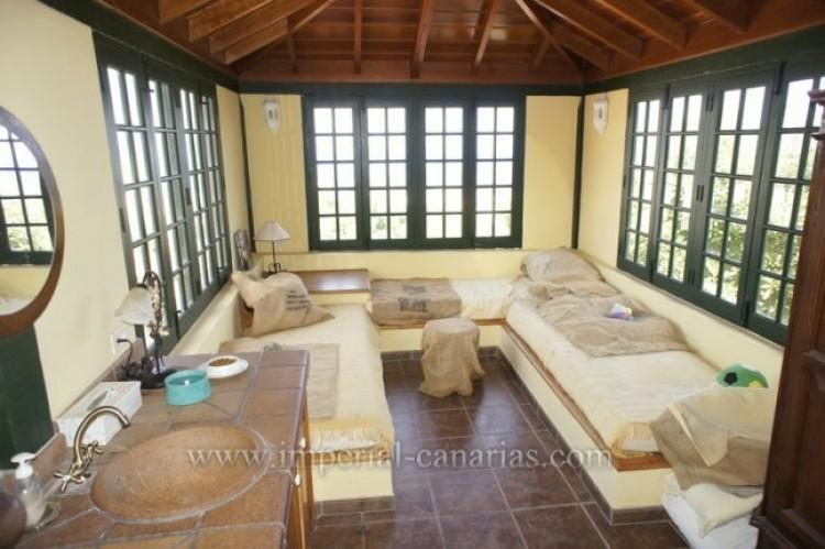 3 Bed  Villa/House for Sale, La Orotava, Tenerife - IC-VTR10240 16