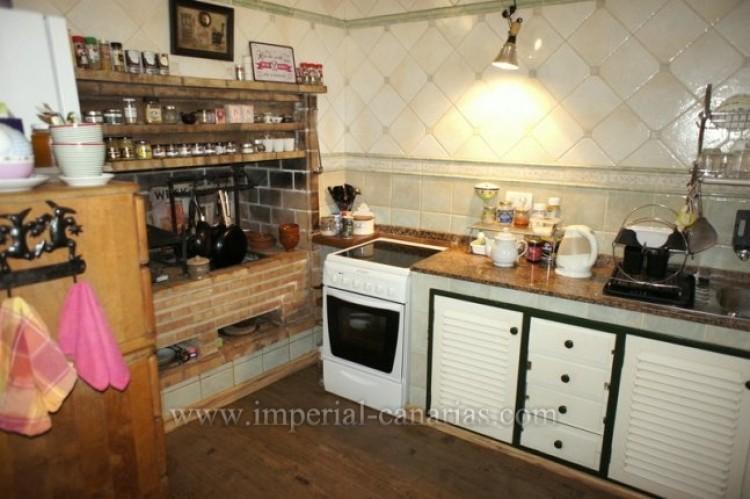 3 Bed  Villa/House for Sale, La Orotava, Tenerife - IC-VTR10240 20