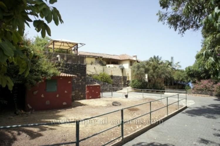 3 Bed  Villa/House for Sale, La Orotava, Tenerife - IC-VTR10240 3