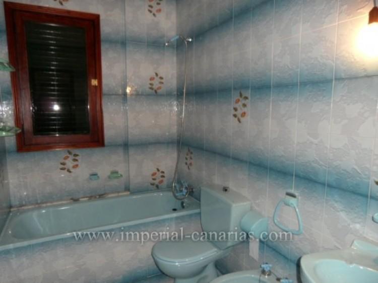 3 Bed  Villa/House for Sale, La Orotava, Tenerife - IC-VTR9916 12