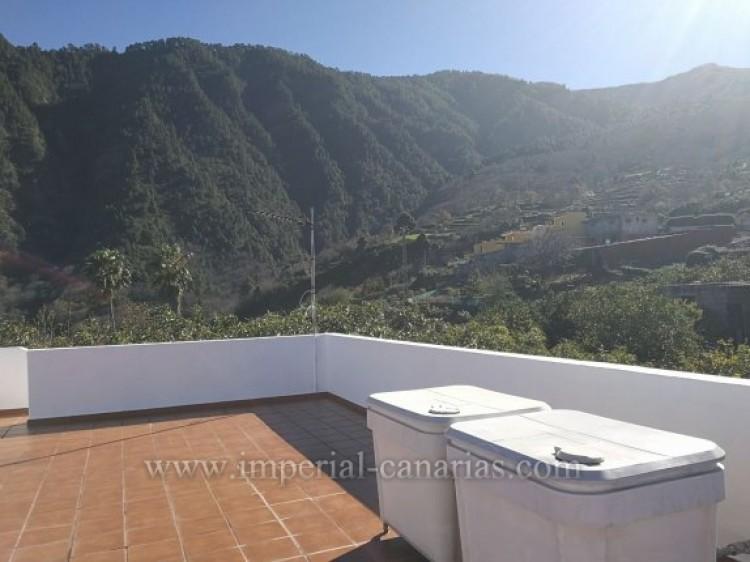 3 Bed  Villa/House for Sale, La Orotava, Tenerife - IC-VTR9916 5
