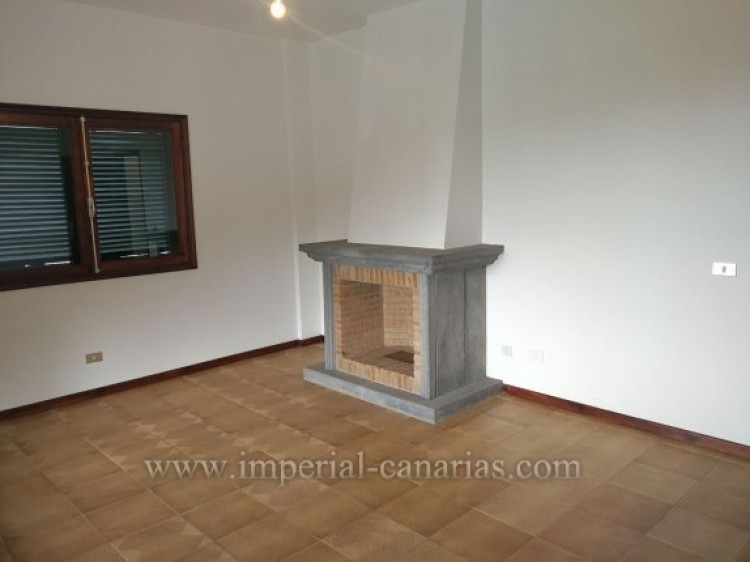 3 Bed  Villa/House for Sale, La Orotava, Tenerife - IC-VTR9916 7