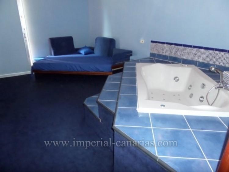 Commercial for Sale, Puerto de la Cruz, Tenerife - IC-VBR9103 5