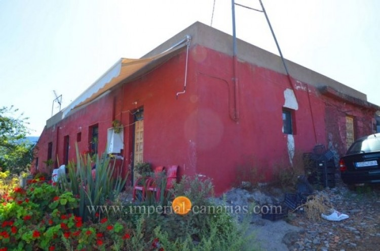 3 Bed  Villa/House for Sale, La Orotava, Tenerife - IC-VTR8625 1