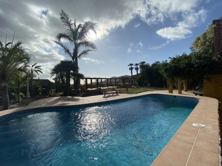 4 Bed  Villa/House for Sale, San Miguel de Abona, Tenerife - MP-V0714-4 3