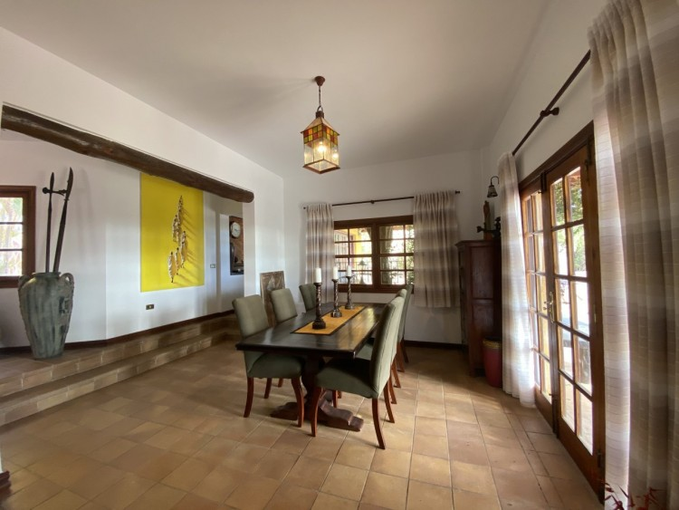 4 Bed  Villa/House for Sale, San Miguel de Abona, Tenerife - MP-V0714-4 5