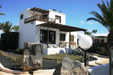 4 Bed  Villa/House for Sale, Costa Teguise, Lanzarote - LA-LA929