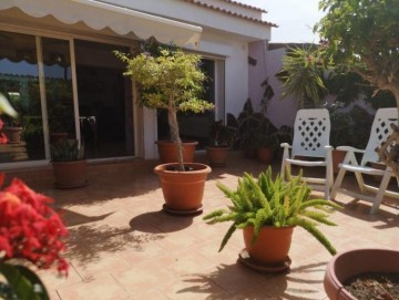 3 Bed  Villa/House for Sale, Las Palmas, Playa del Inglés, Gran Canaria - DI-16795