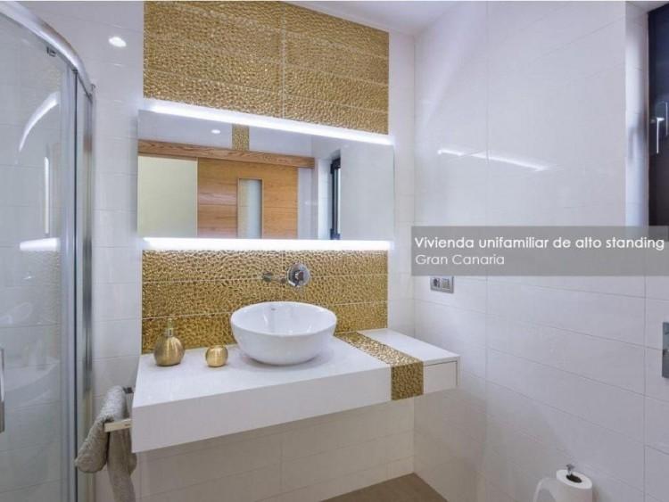 4 Bed  Villa/House for Sale, Las Palmas, Playa del Hombre - Taliarte - Salinetas, Gran Canaria - DI-16796 16