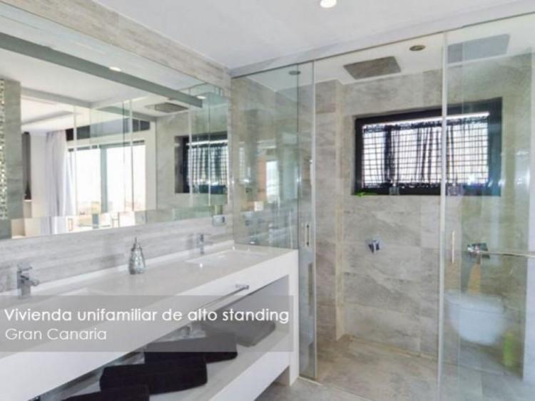 4 Bed  Villa/House for Sale, Las Palmas, Playa del Hombre - Taliarte - Salinetas, Gran Canaria - DI-16796 17