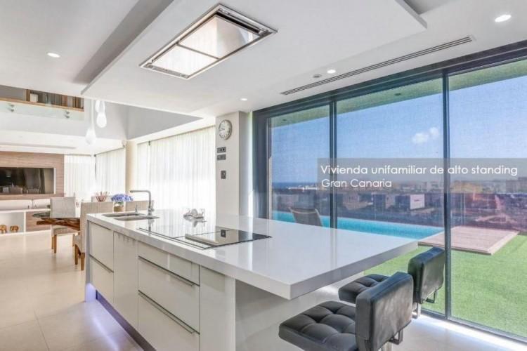 4 Bed  Villa/House for Sale, Las Palmas, Playa del Hombre - Taliarte - Salinetas, Gran Canaria - DI-16796 2