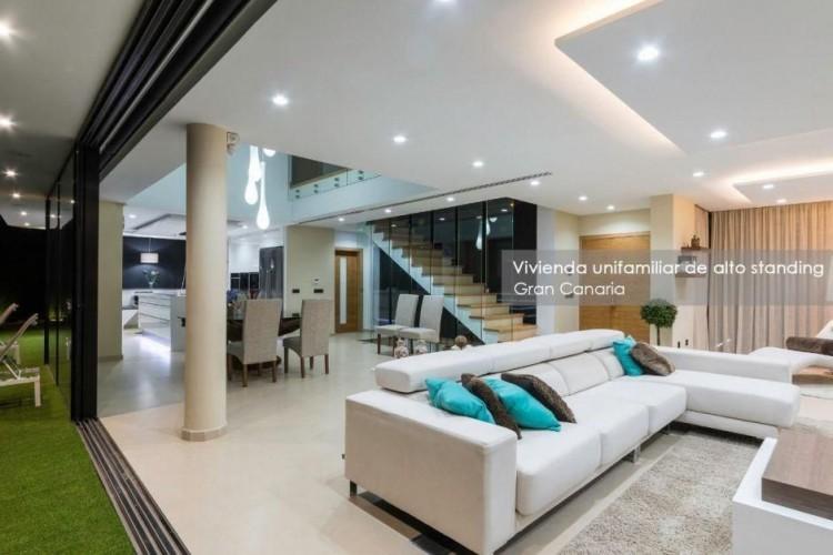 4 Bed  Villa/House for Sale, Las Palmas, Playa del Hombre - Taliarte - Salinetas, Gran Canaria - DI-16796 3