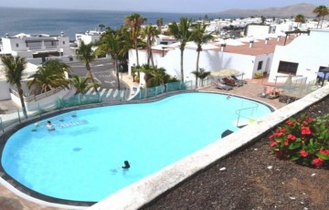 2 Bed  Flat / Apartment for Sale, Puerto Del Carmen, Lanzarote - LA-LA931S