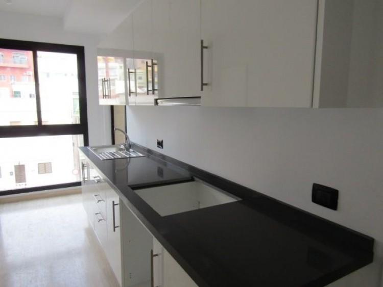 3 Bed  Flat / Apartment for Sale, Santa Cruz de Tenerife, Tenerife - PR-PIS0086VJD 2
