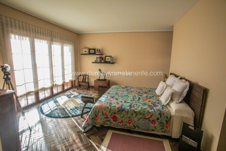 4 Bed  Villa/House for Sale, Adeje, Santa Cruz de Tenerife, Tenerife - DH-VPTVLUJOG4H_11-19 12